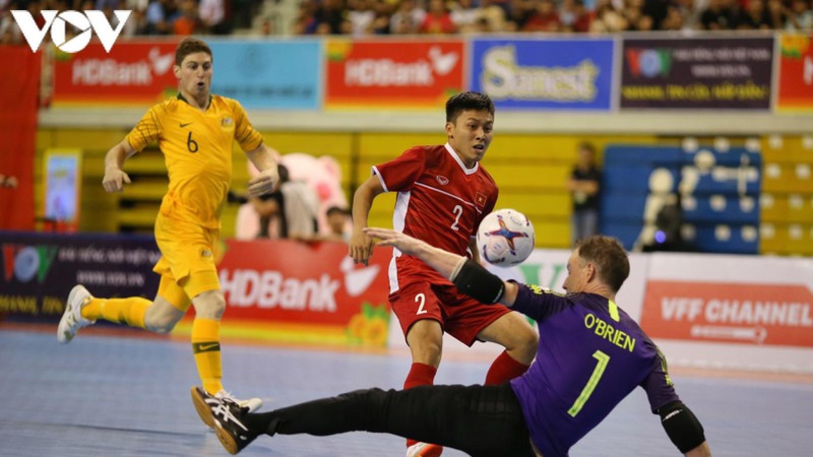 """Ngày này năm xưa: ĐT Futsal Việt Nam thắng trận lịch sử trước """"đại gia"""" châu Á"""