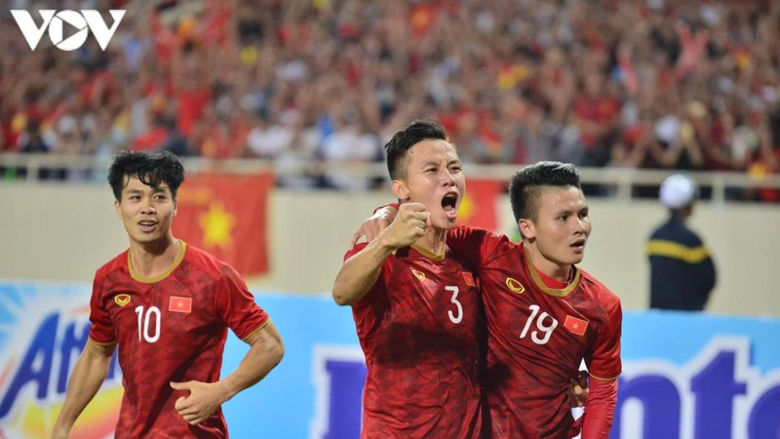 """Ngày này năm xưa: ĐT Việt Nam thắng trận nhờ """"siêu phẩm"""" của Quang Hải"""
