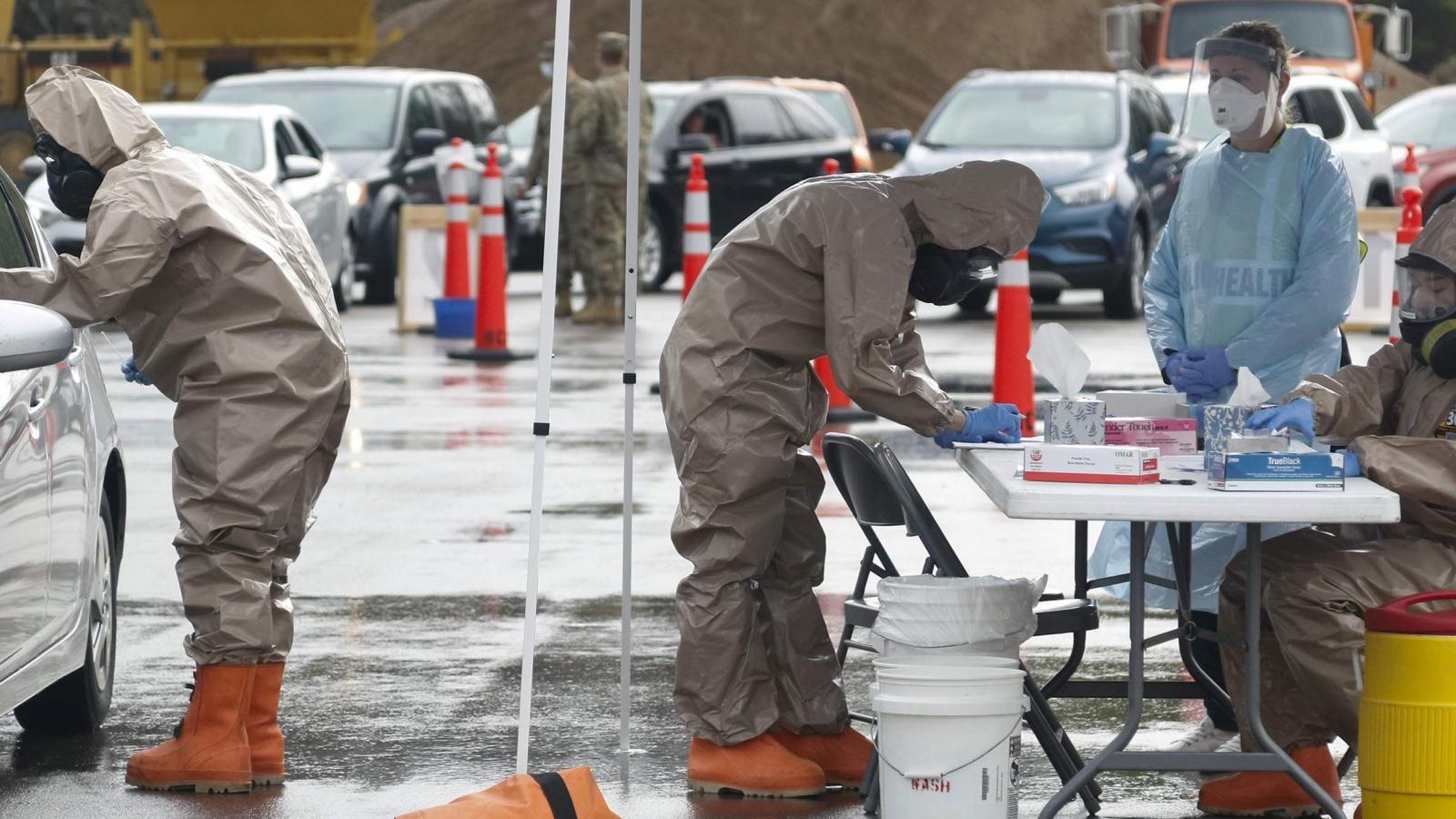 Bang Wisconsin (Mỹ) phải lập bệnh viện dã chiến do số ca nhiễm Covid-19 tăng đột biến