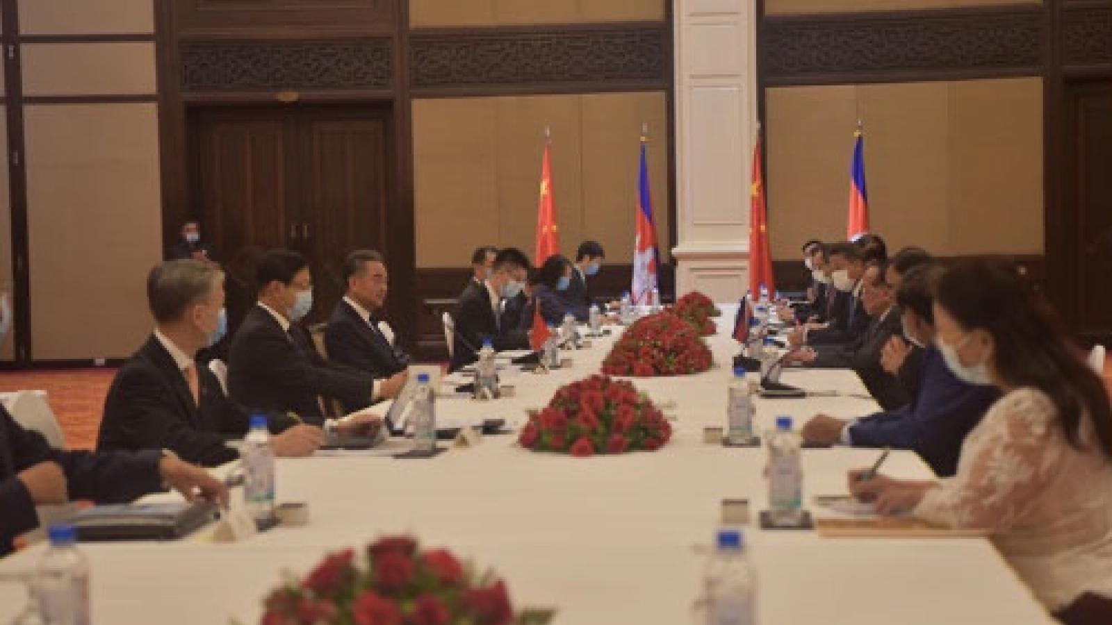 Trung Quốc sẽ ưu tiên cung cấp vaccine ngừa Covid-19 cho Campuchia