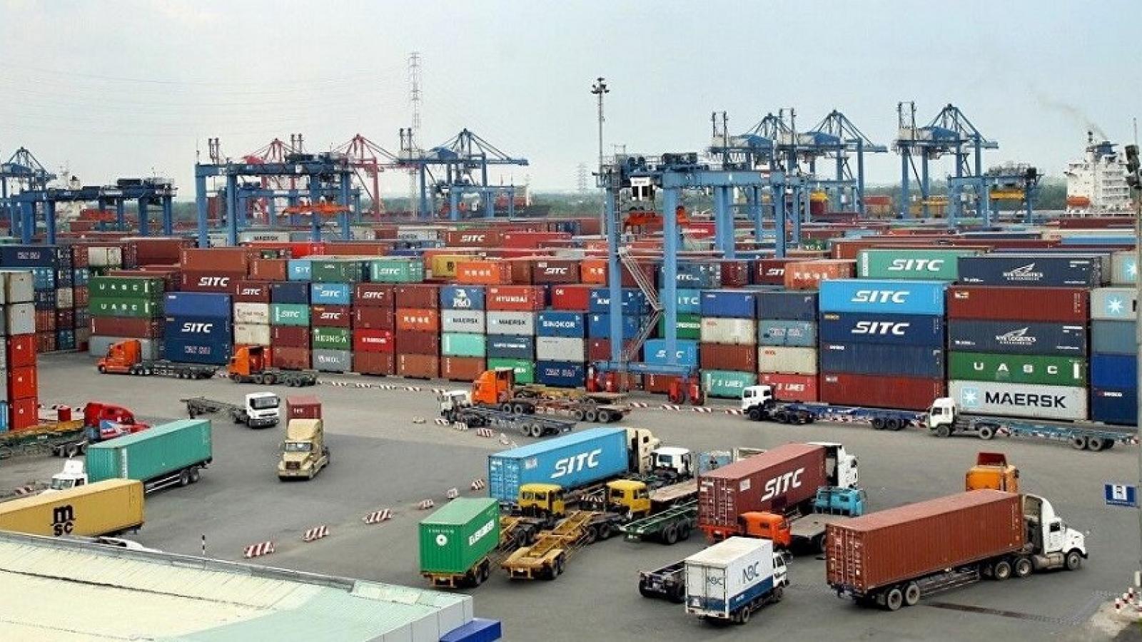 Việt Nam xuất siêu hơn 17,3 tỷ USD