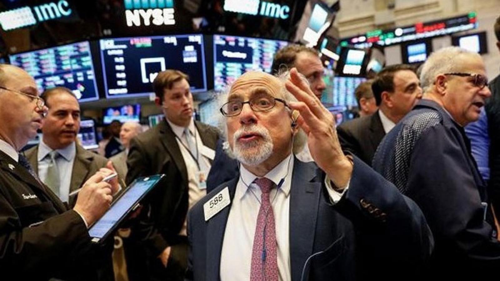 Thị trường chứng khoán Mỹ tăng điểm trước ngày Bầu cử