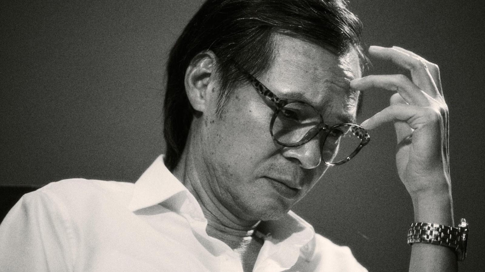 NSƯT Trần Lực giảm 10kg, nuôi tóc dài... để vào vai Trịnh Công Sơn