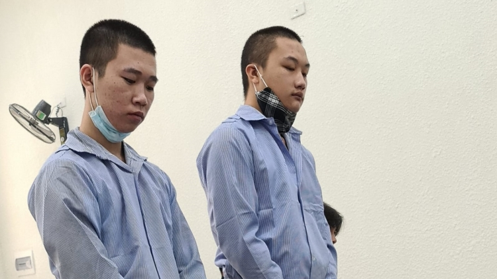 Hai đối tượng đâm tài xế Grab ở Hà Nội nhận tổng cộng 40 năm tù