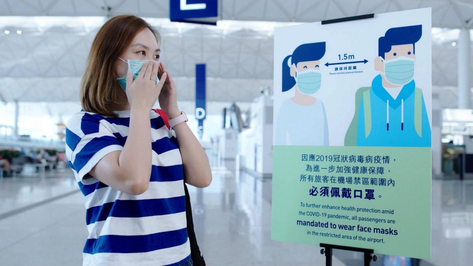 Hong Kong (Trung Quốc) cấm tụ tập trên 2 người để phòng dịch COVID-19