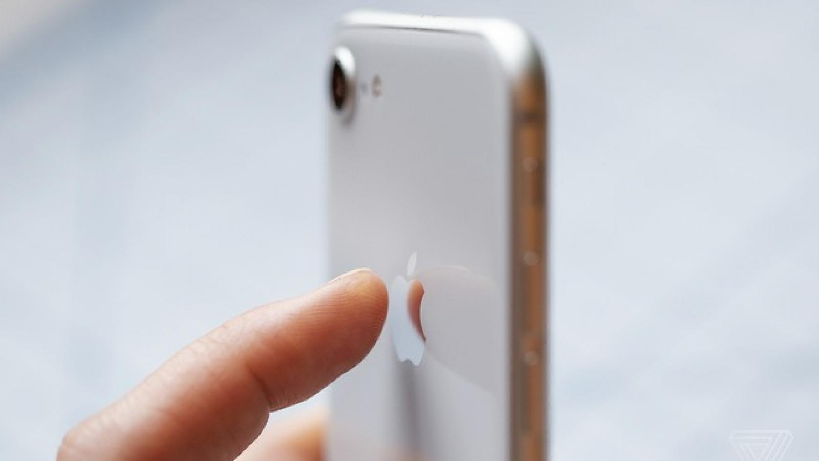 Apple đã thêm một nút bí mật vào iPhone