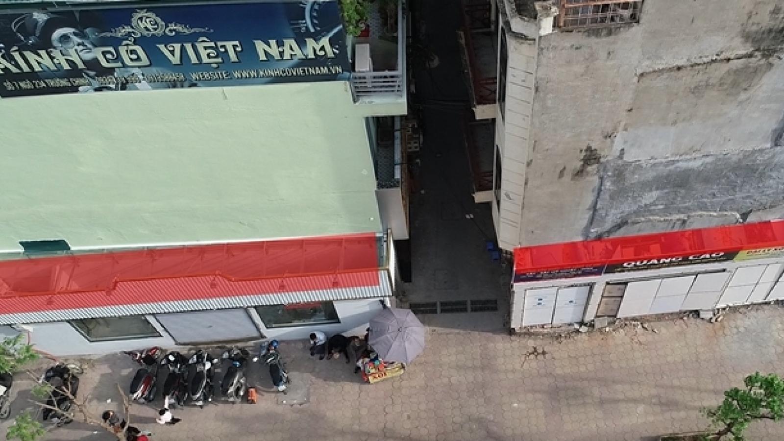Video: Nhà siêu mỏng trên đường Trường Chinh phủ bạt sau khi bị phản ánh