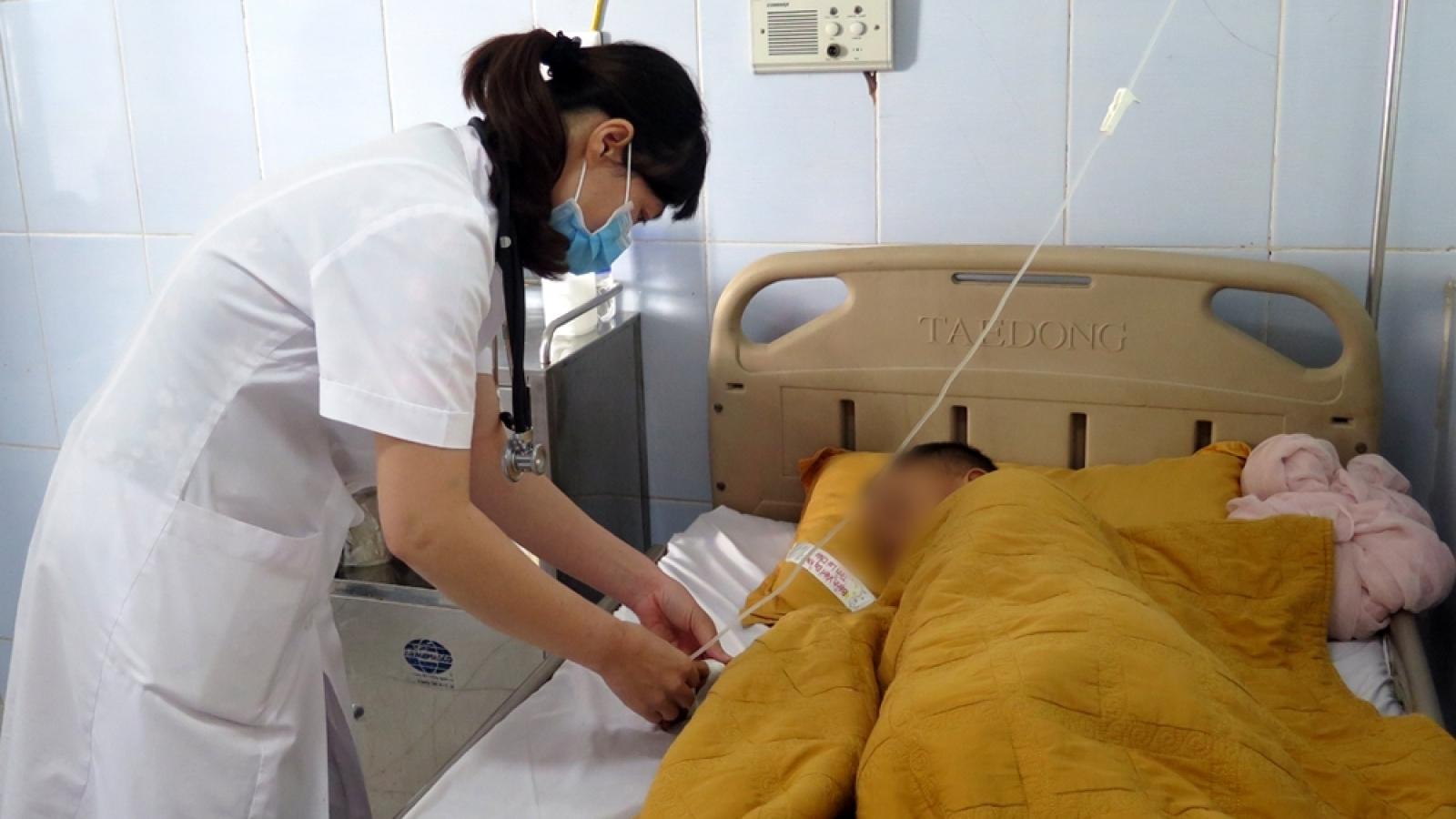 7 người tại Lai Châu nhập viện nghi ngộ độc thực phẩm sau khi ăn cưới