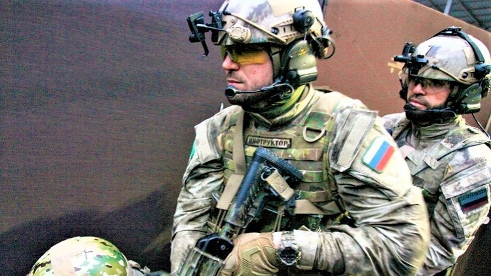 """Súng cá nhân """"siêu đẳng"""" của lực lượng đặc nhiệm Alpha Nga"""