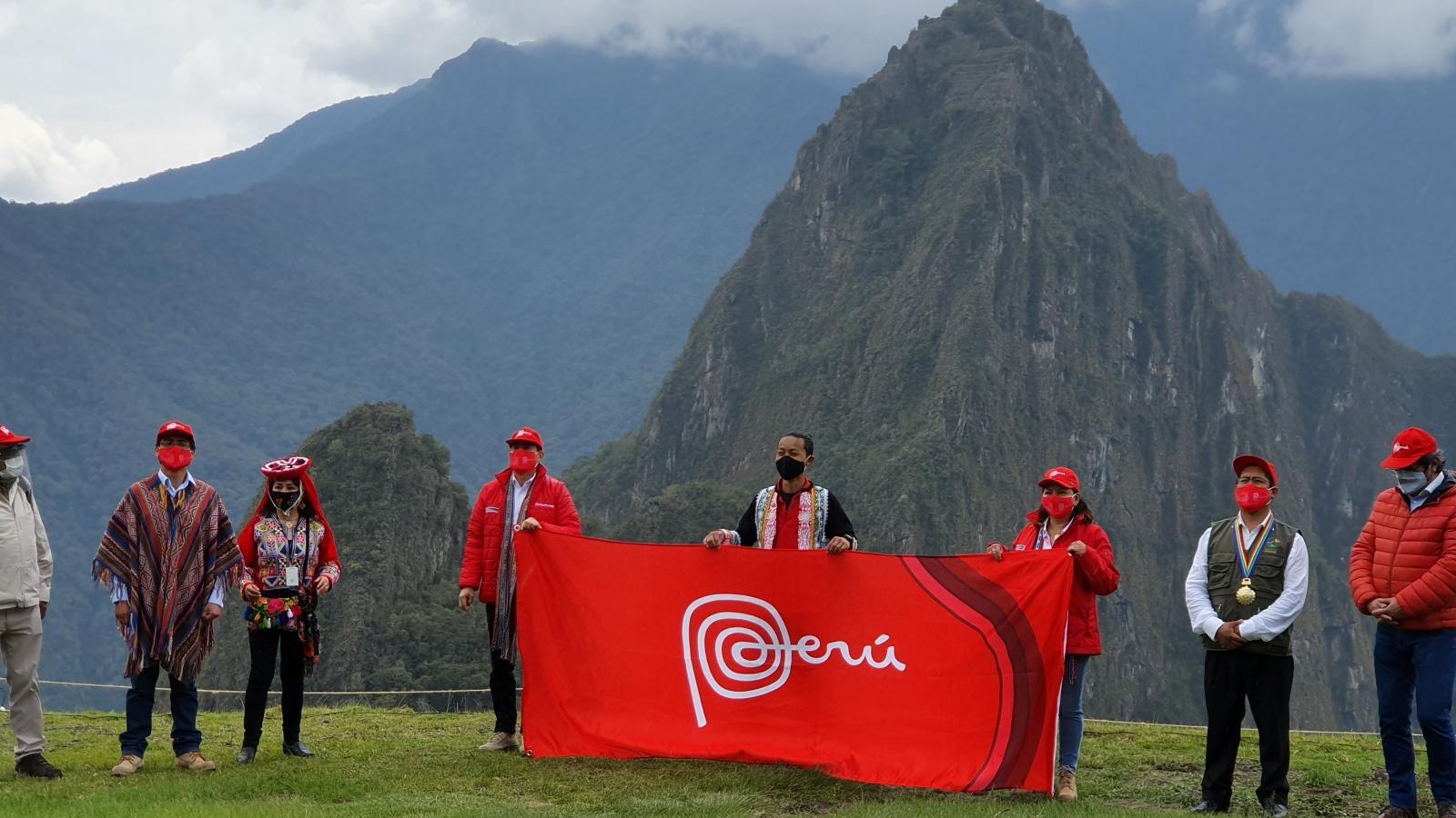 Peru mở lại kỳ quan thế giới Machu Picchu để cứu ngành du lịch