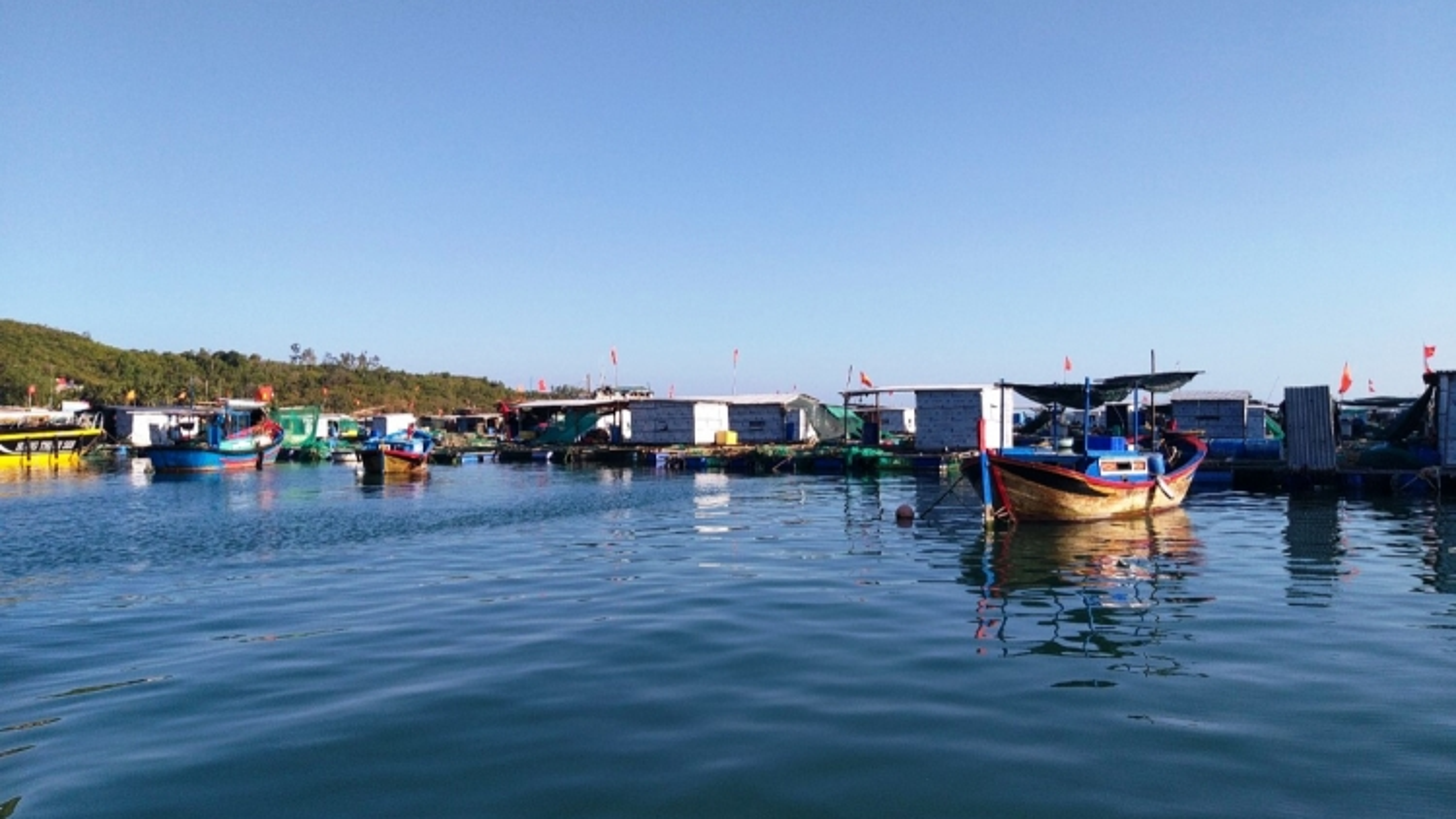 Góp ý Dự thảo Văn kiện Đại hội XIII: Ưu tiên phát triển kinh tế biển