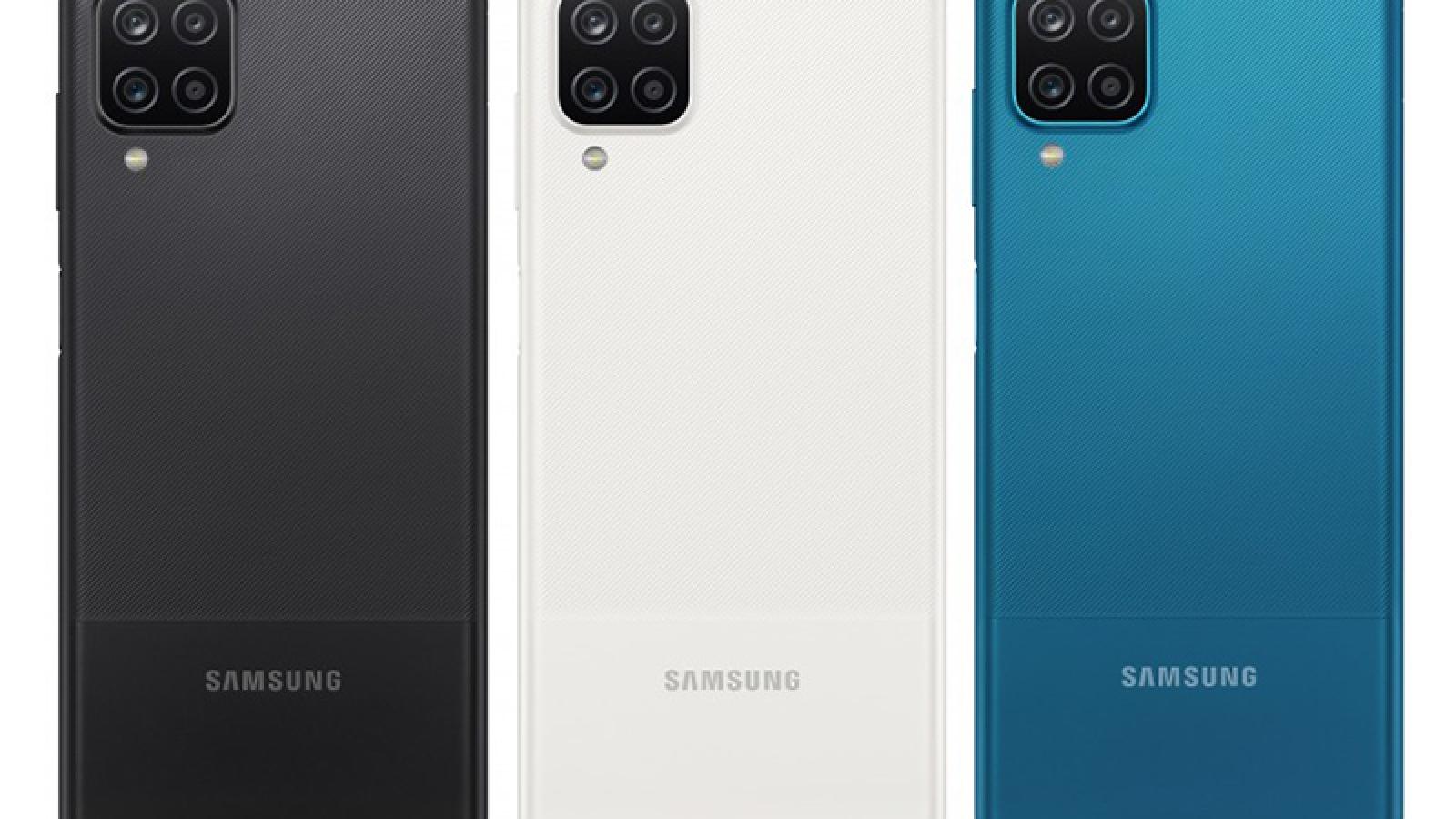 """Samsung ra mắt bộ đôi smartphone dòng Galaxy A giá """"bình dân"""""""