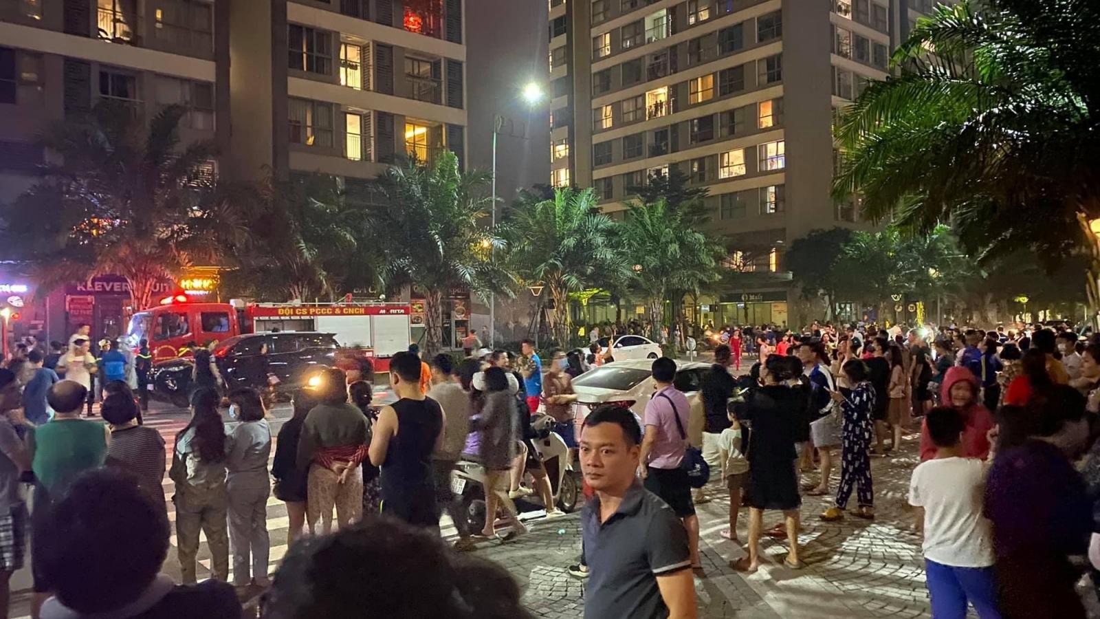 Cháy ở chung cư cao cấp Park Hill ở Hà Nội trong đêm