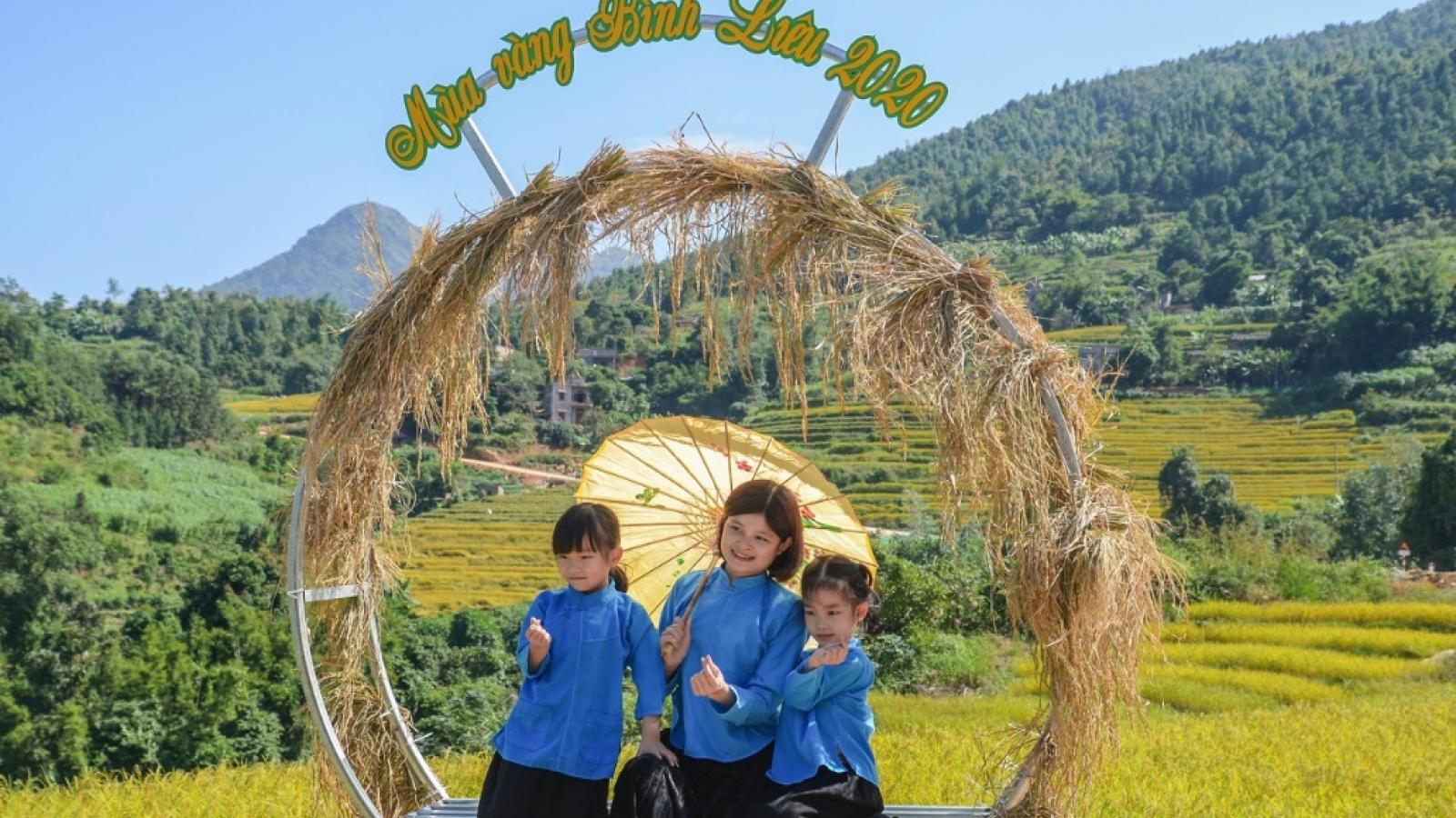 Tín hiệu tốt từ kích cầu tiêu dùng, du lịch nội tỉnh Quảng Ninh