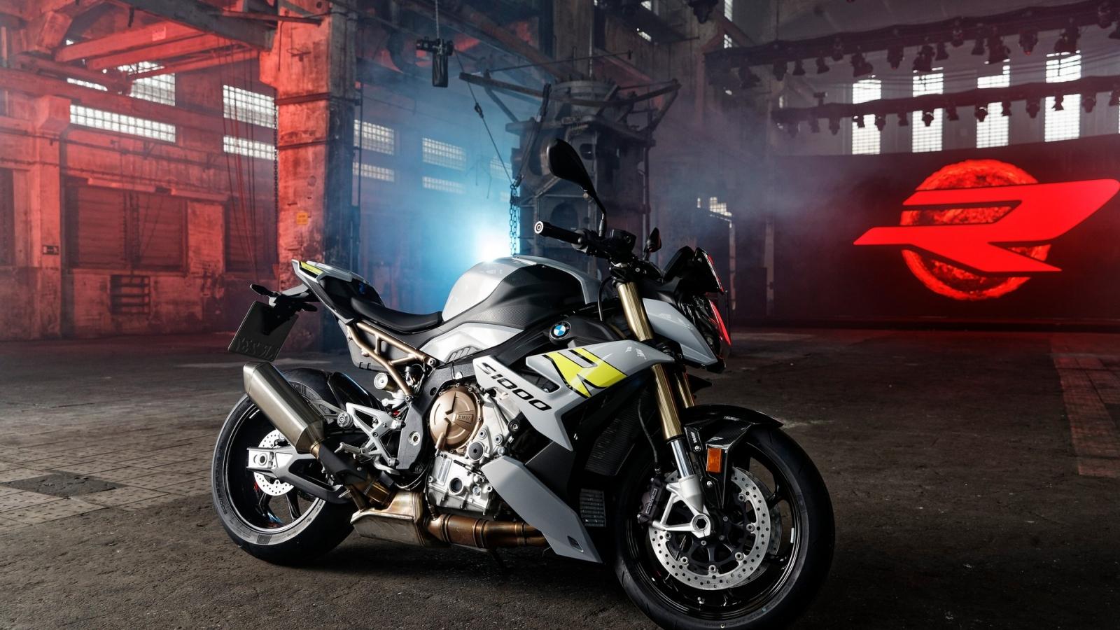 BMW S 1000 R 2021 lộ diện với thiết kế bắt mắt và nhiều công nghệ
