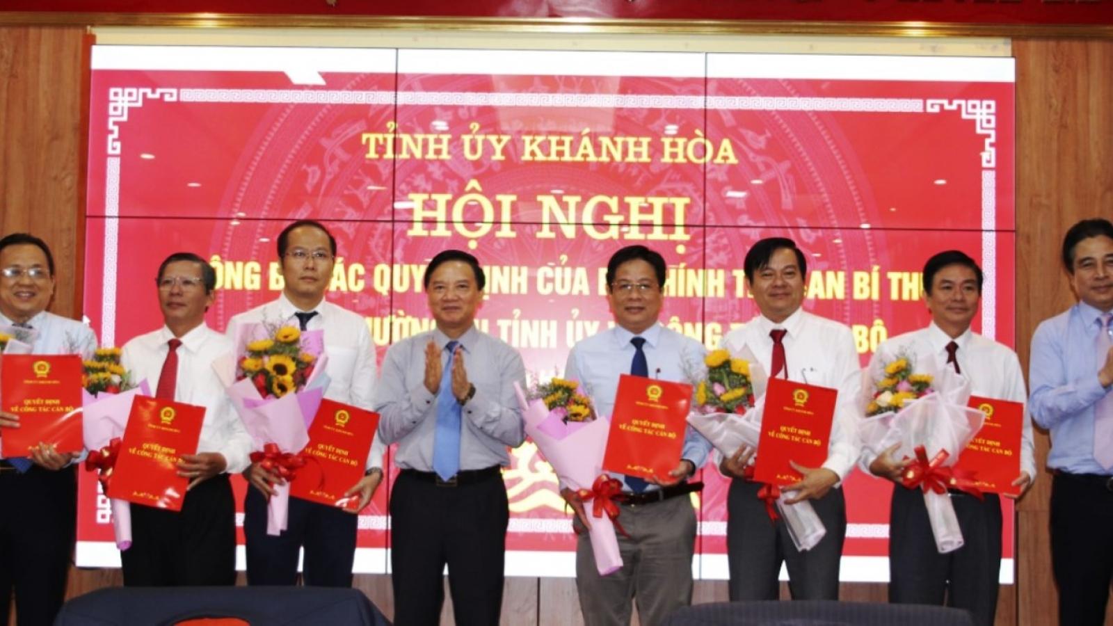 Khánh Hòa: Công bố các quyết định phân công Ủy viên Ban Thường vụ Tỉnh ủy