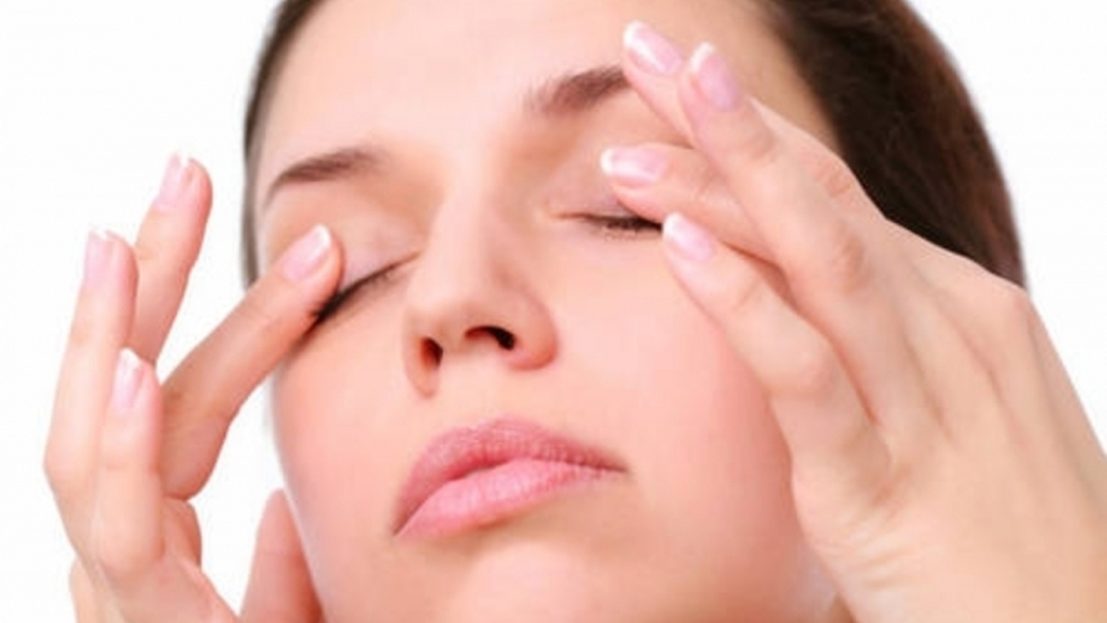 9 mẹo giúp giảm khô mắt cho dân văn phòng