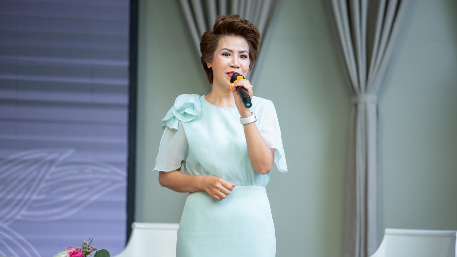 """NSƯT Hồng Vy làm chương trình """"để đời"""" dù đang mắc bệnh hiểm nghèo"""