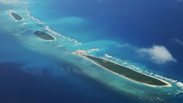 South China Sea dispute to be settled by international law