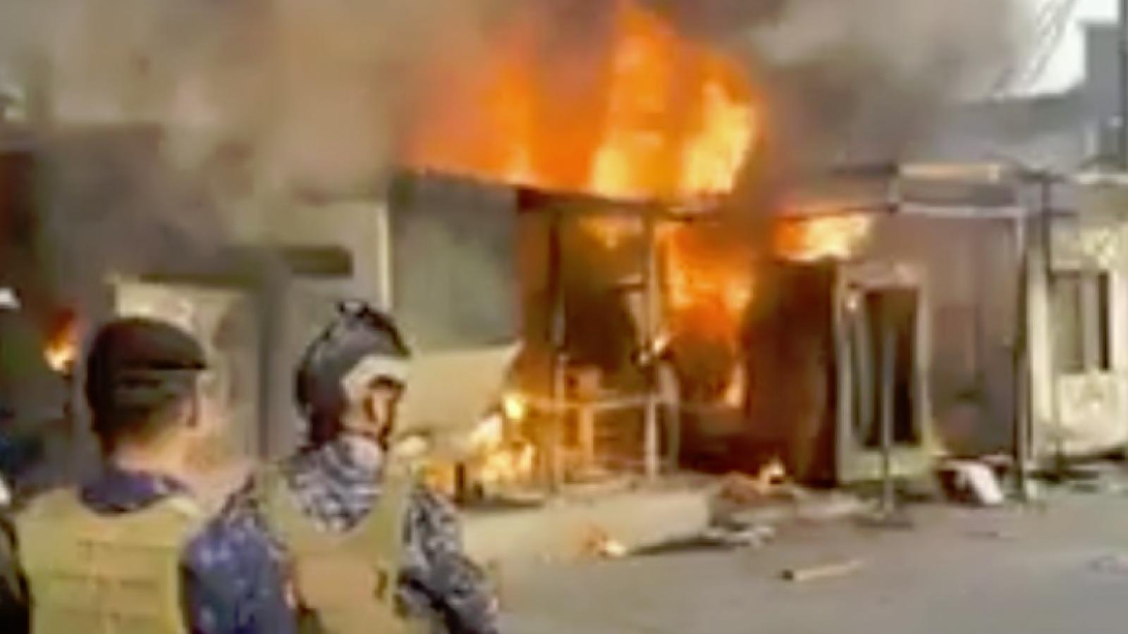 Tấn công khủng bố vào đồn quân sự: Iraq khiến 11 người chết, 8 người bị thương
