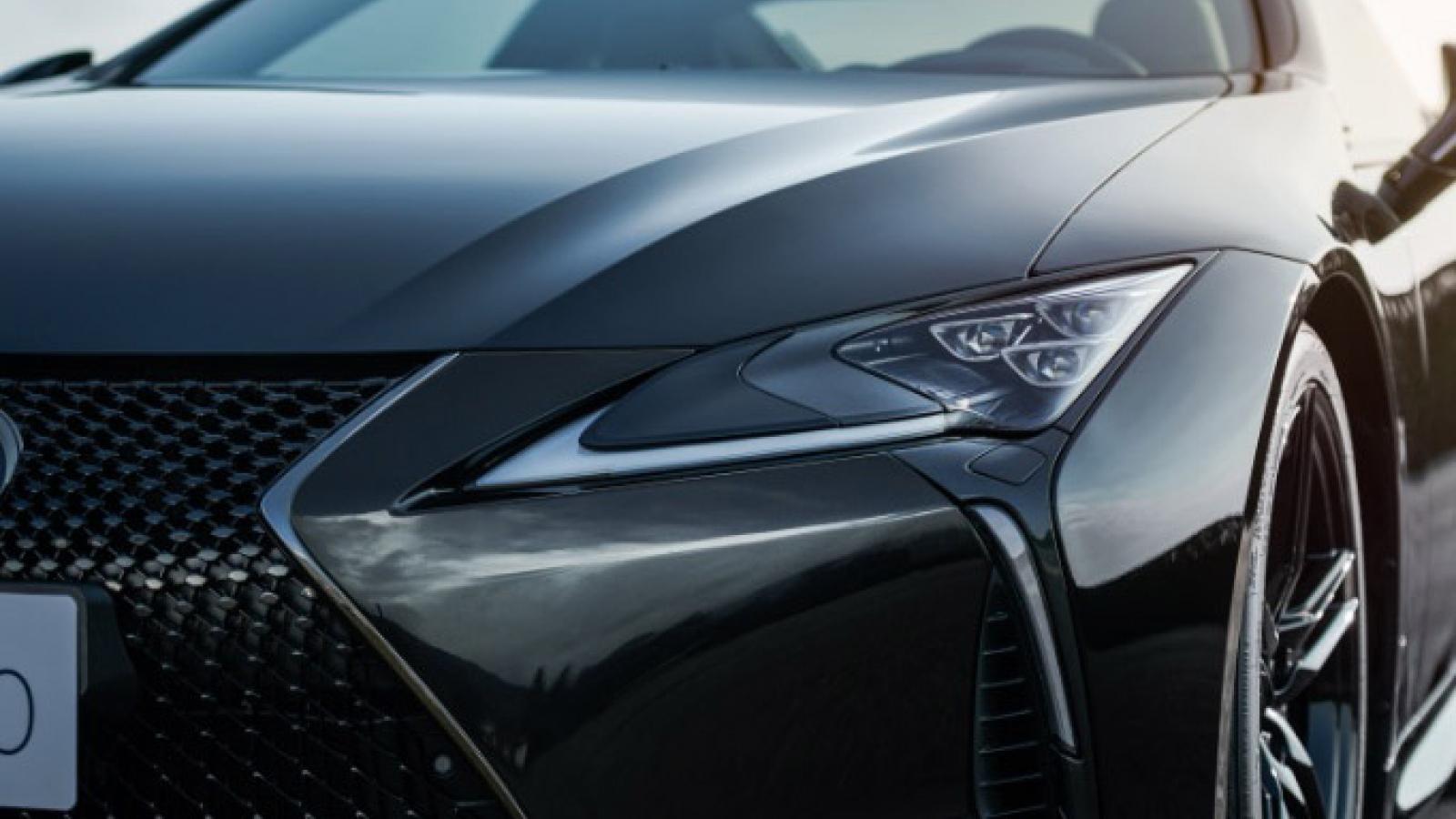 Ảnh chi tiết Lexus LC Aviation phiên bản giới hạn 70 chiếc tại Nhật Bản