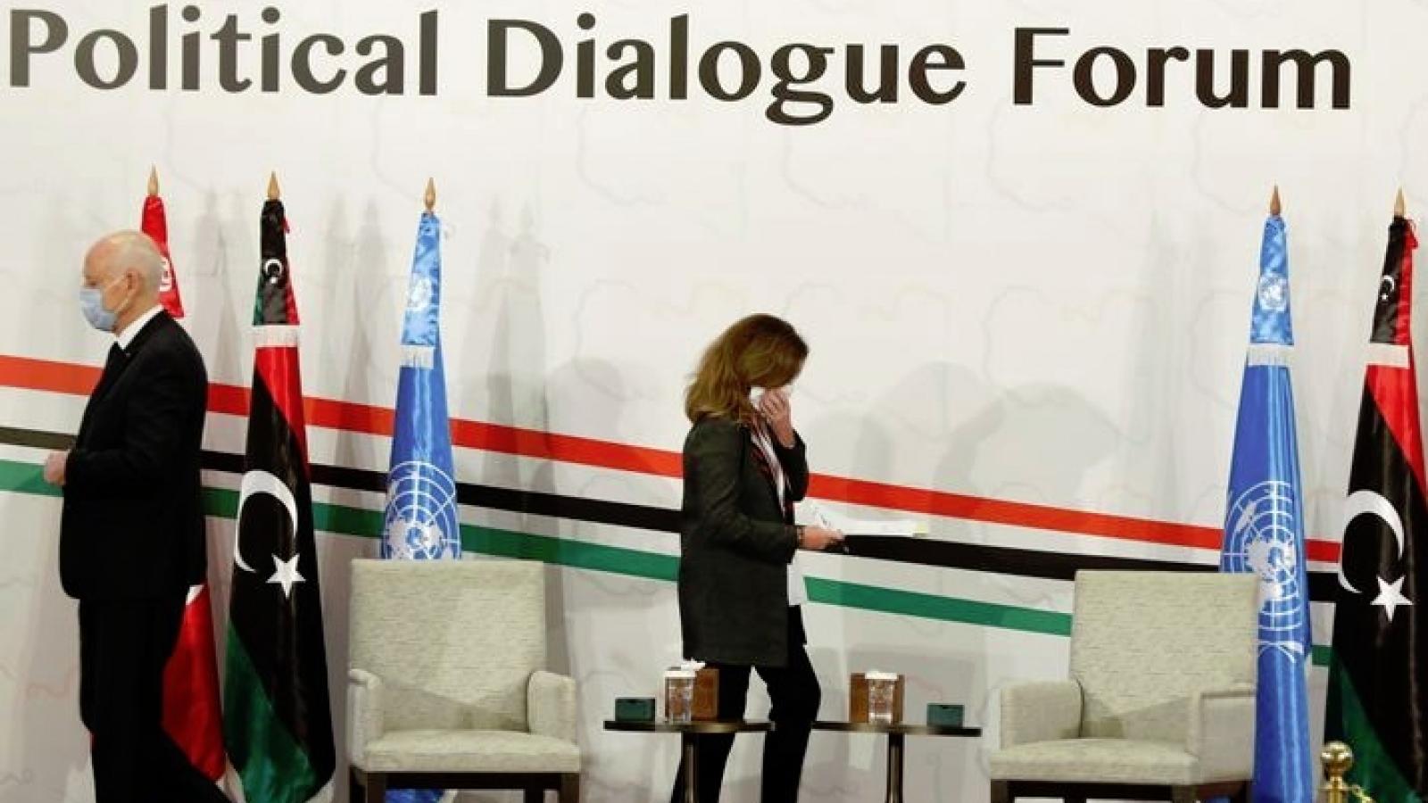 Hòa đàm Libya vẫn nan giải