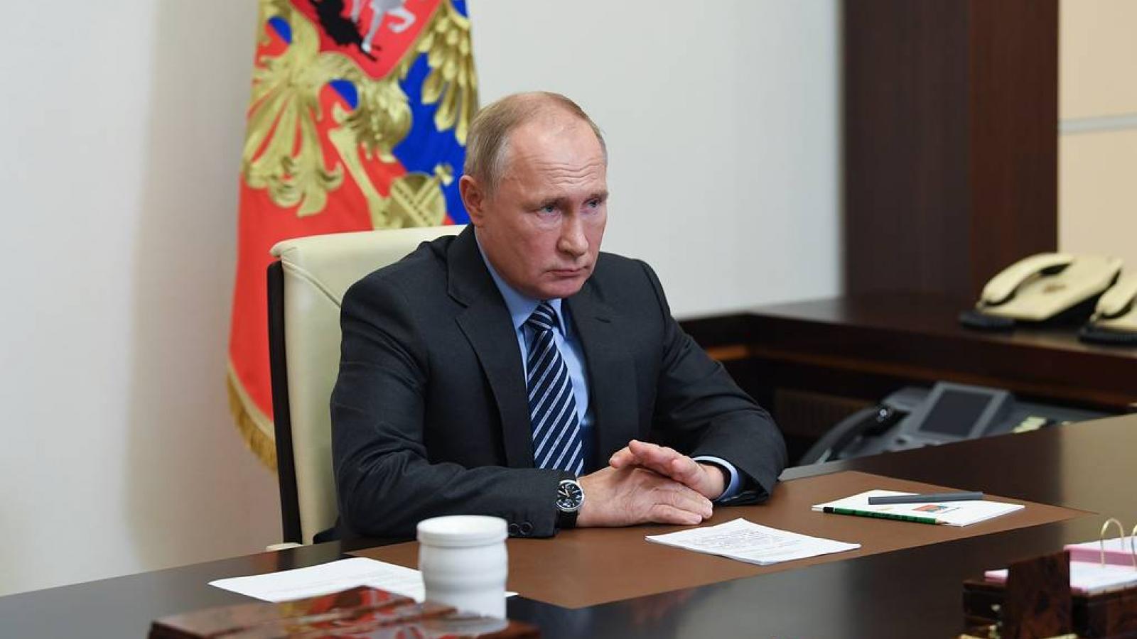 Tổng thống Putin ký sắc lệnh kéo dài lệnh trừng phạt phương Tây