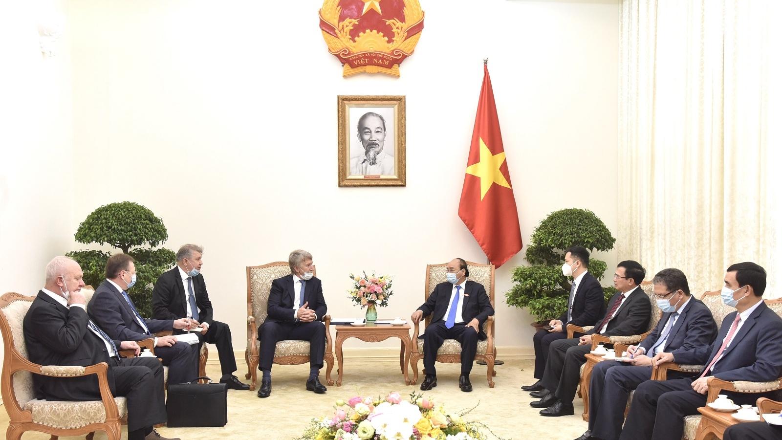Thủ tướng tiếp Đại sứ Liên bang Nga tại Việt Nam