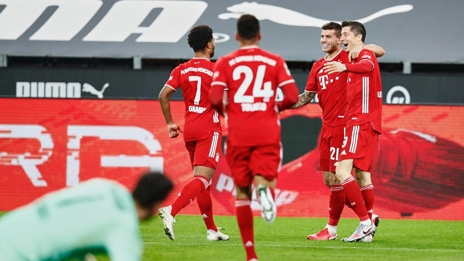 Lewandowski che mờ Haaland, Bayern ngược dòng đả bại Dortmund 3-2 ở trận Siêu kinh điển