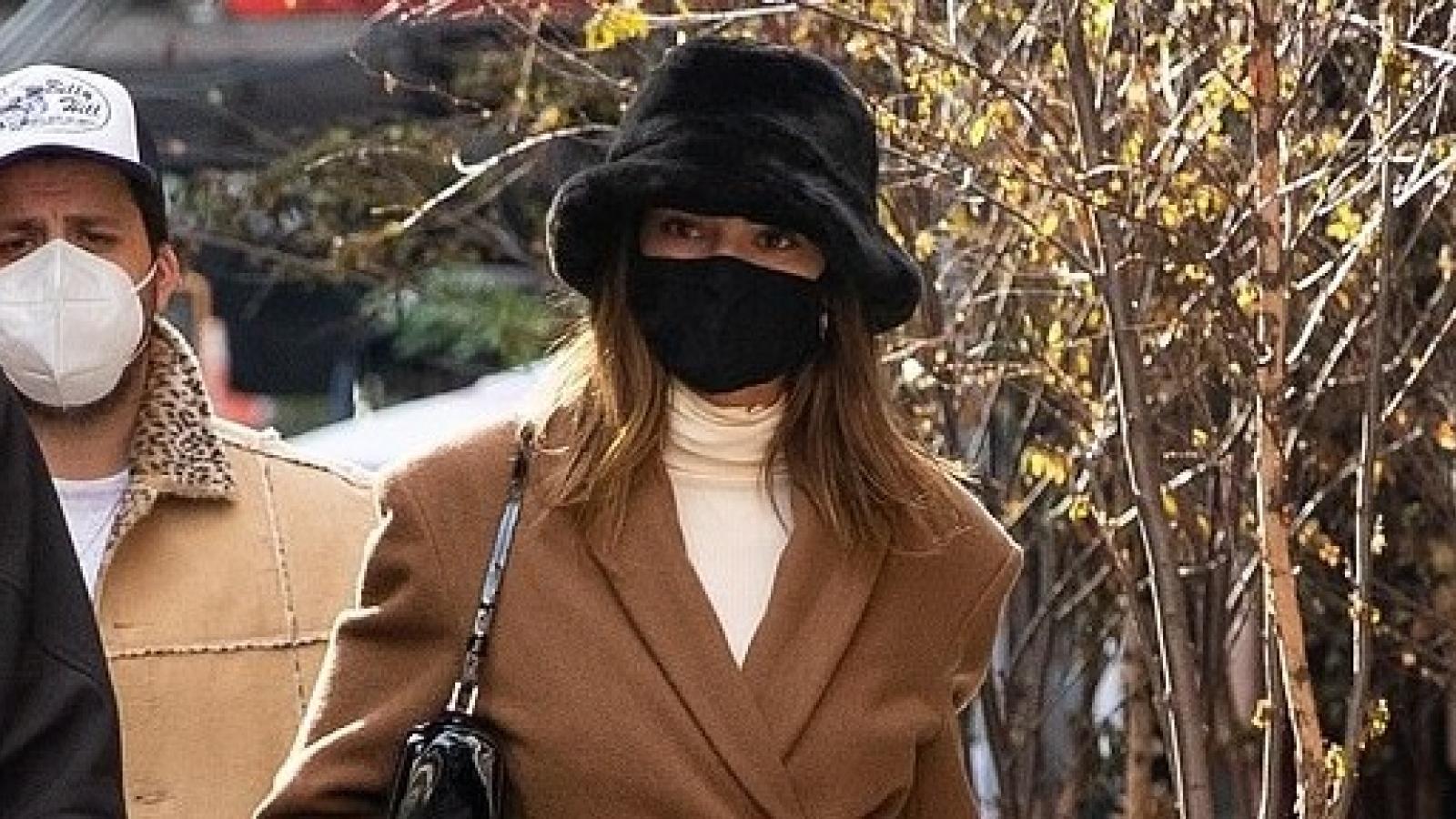 Kendall Jenner hóa quý cô sang chảnh ra phố trong mùa thu lãng mạn ở New York