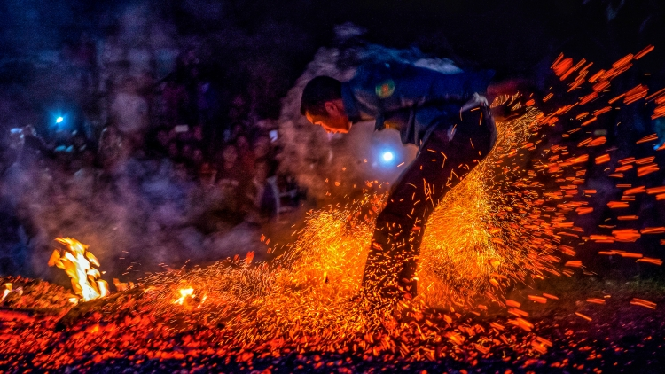Unique fire-dancing ritual of Red Dao group in Vietnam