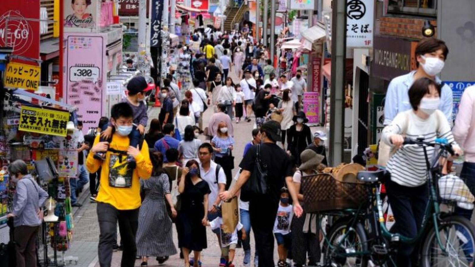 """Thủ tướng Suga: Nhật Bản đang ở trạng thái """"báo động tối đa"""" vì Covid-19"""