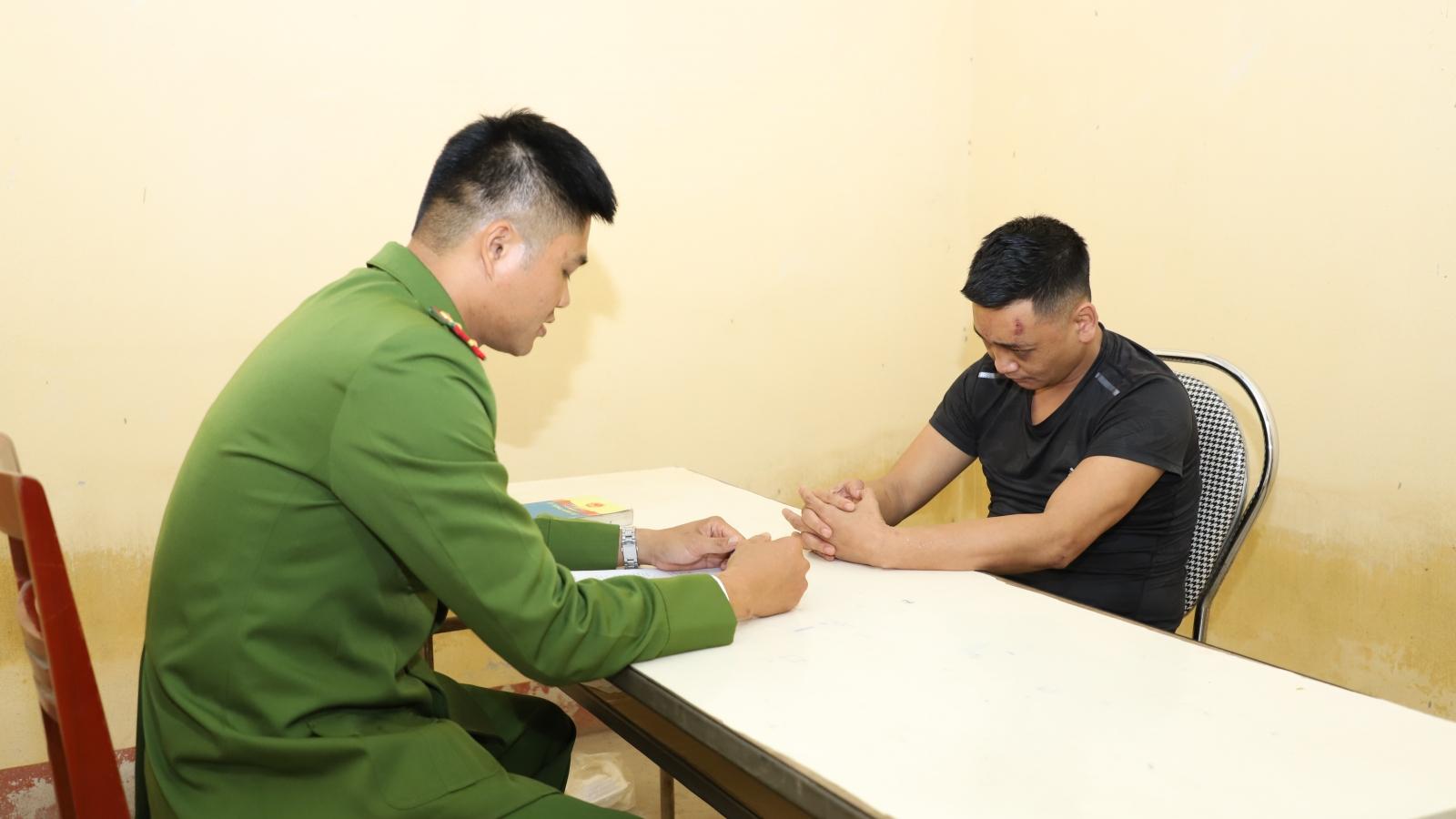 Bắt giữ đối tượng tàng trữ, sử dụng trái phép vũ khí quân dụng ở Yên Bái