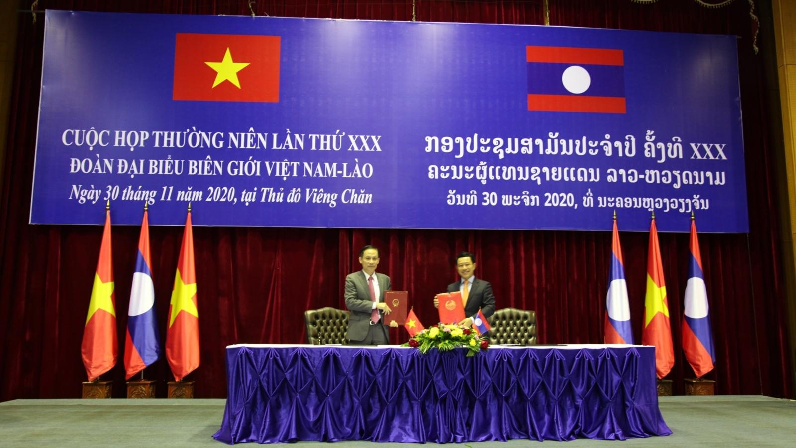 Việt Nam – Lào trao đổi về quản lý biên giới và cửa khẩu