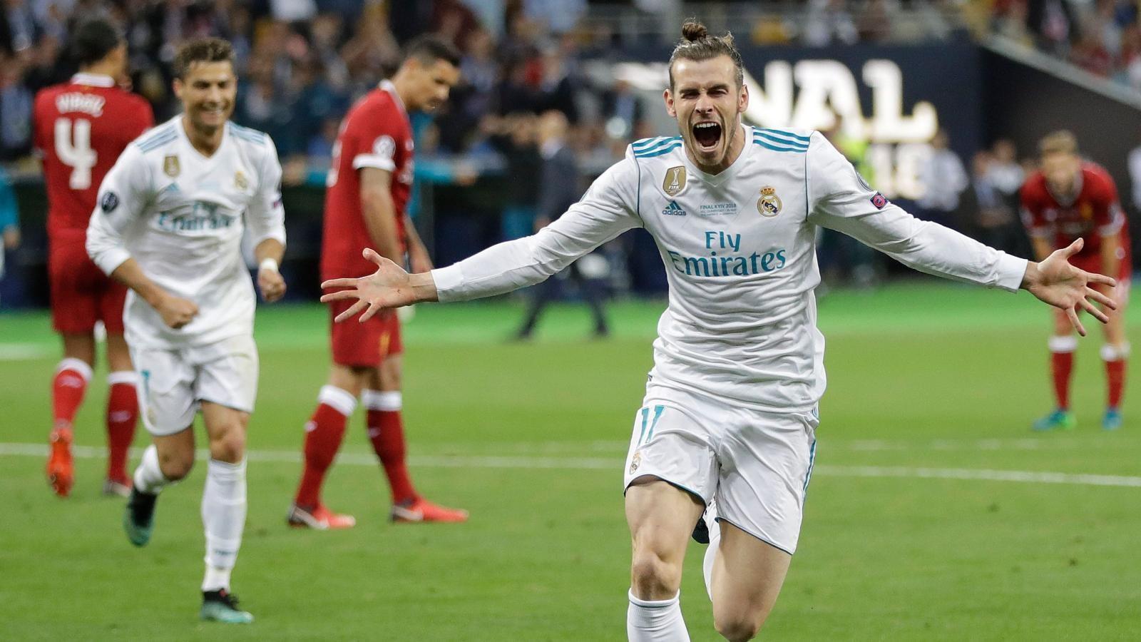 VIDEO: Bale ghi siêu phẩm không thể tin nổi trong PES 2021