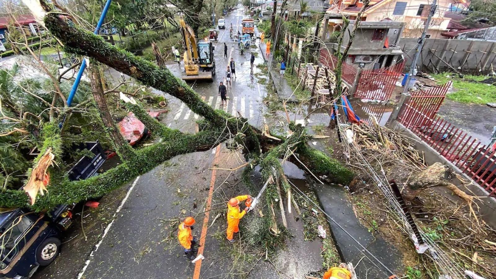 Siêu bão Goni tại Philippines: Ít nhất 4 người thiệt mạng, 31 triệu người bị ảnh hưởng