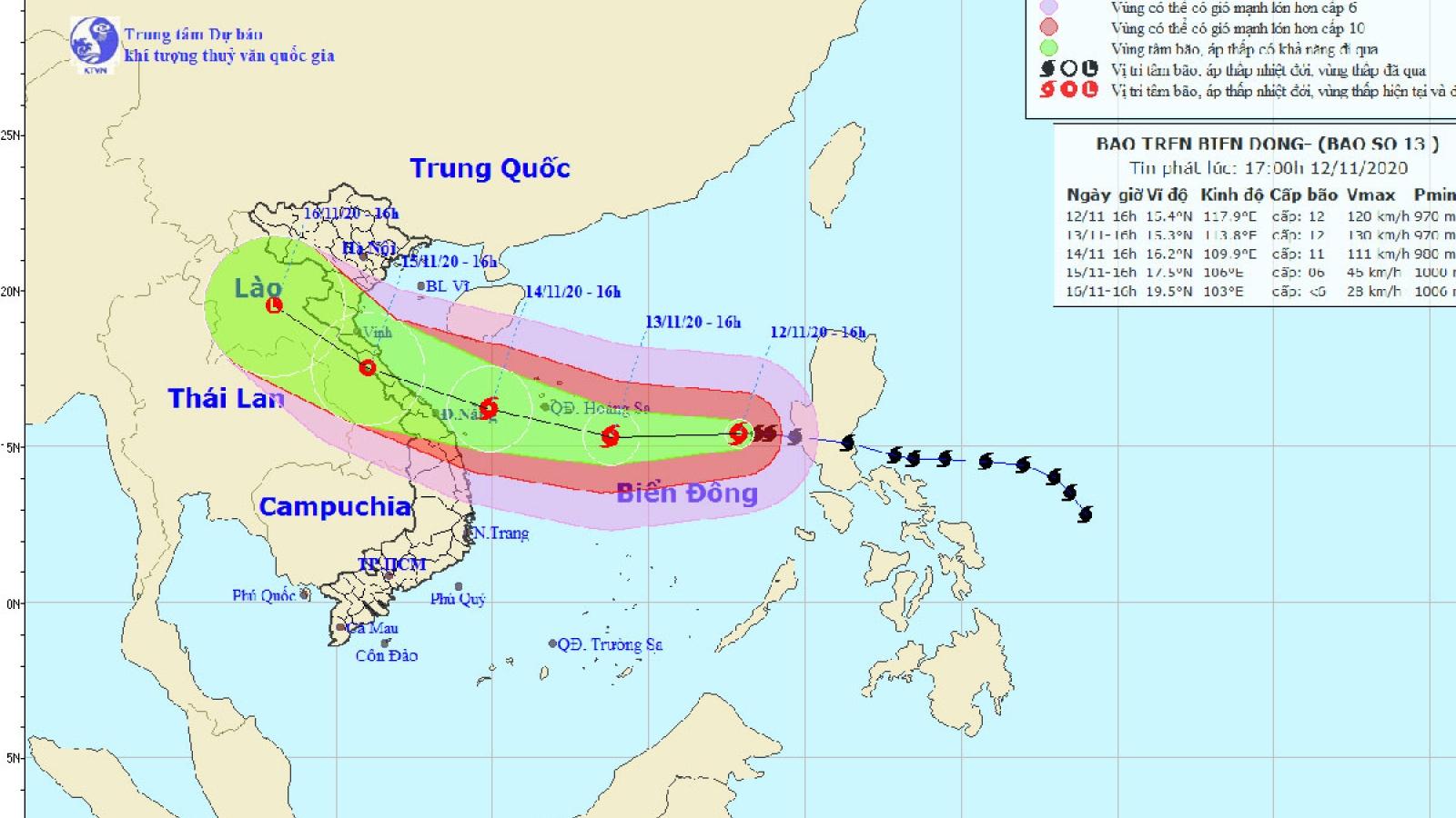 Bão số 13 cách quần đảo Hoàng Sa 640 km, sức gió mạnh cấp 12
