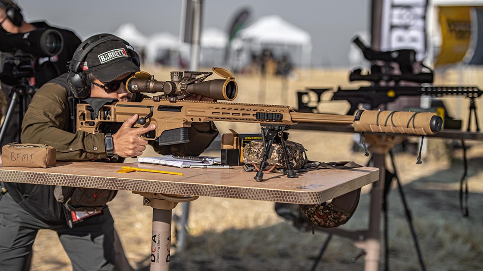 Sức mạnh đáng sợ của súng trường bắn tỉa 8 cỡ nòng MRAD Mark 22