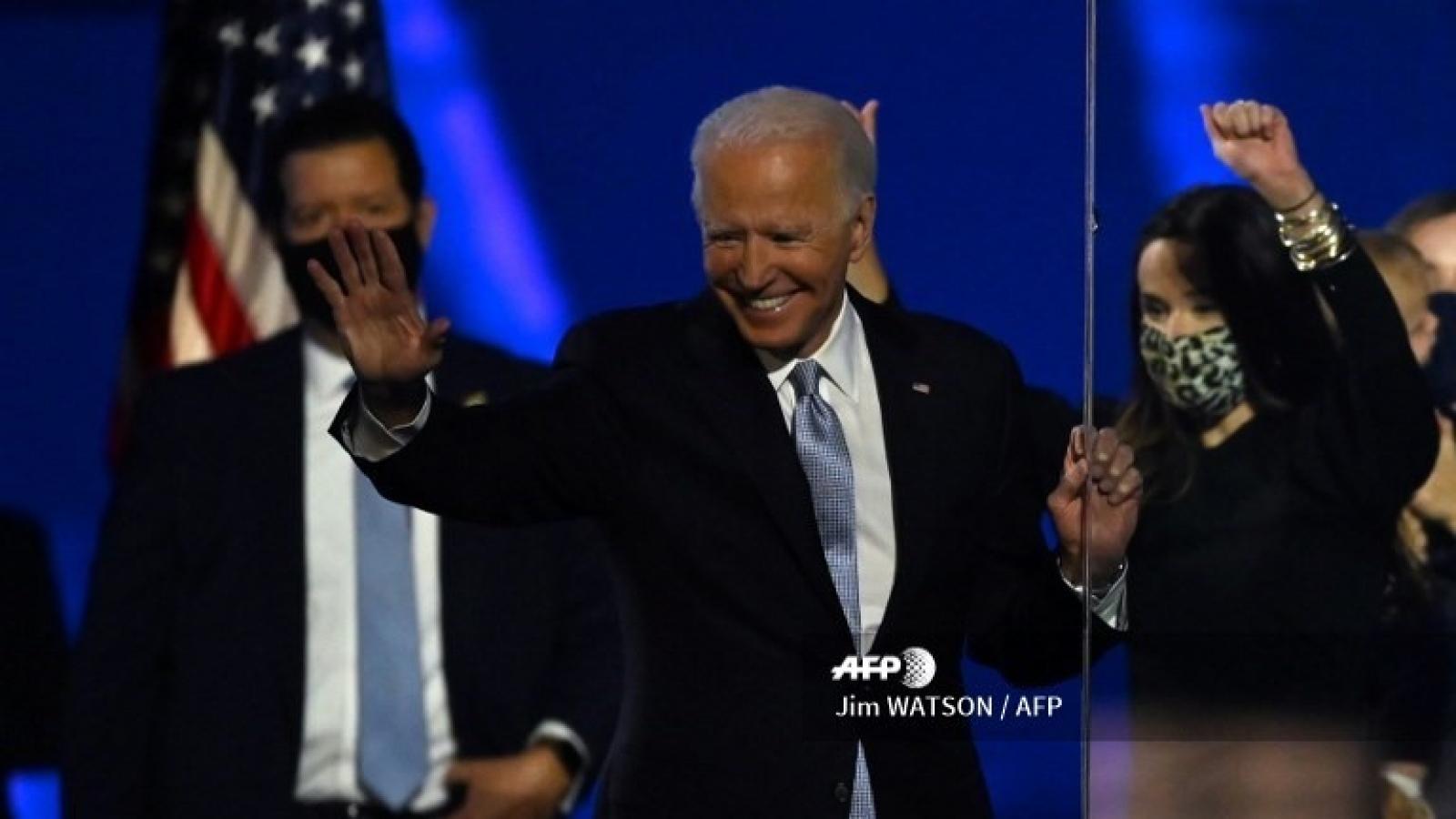 5 yếu tố giúp ông Biden đánh bại đối thủ Donald Trump trong cuộc bầu cử Mỹ