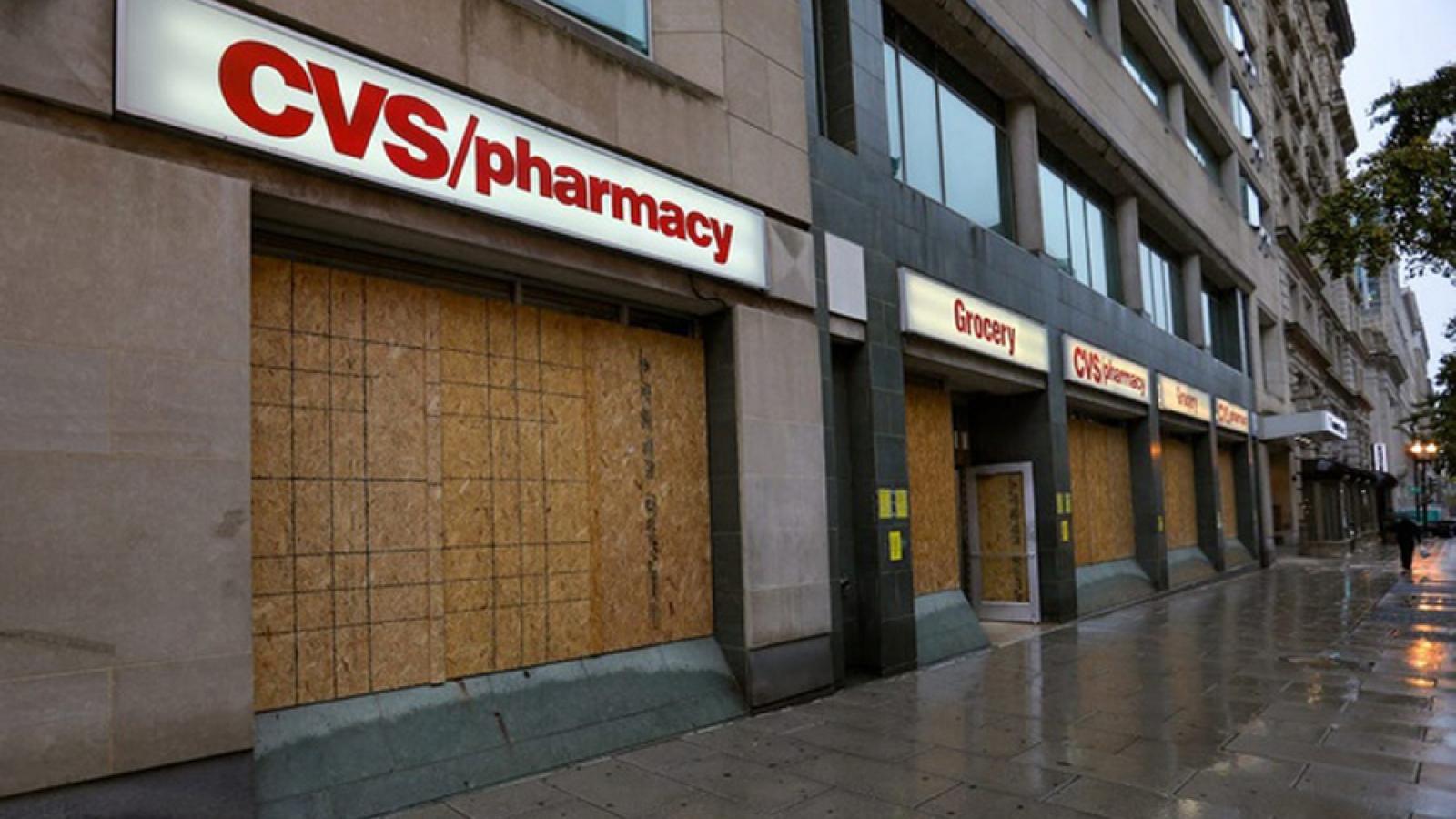 """Nhiều cửa hàng tại Mỹ """"cửa đóng then cài"""" phòng bạo loạn ngày bầu cử"""