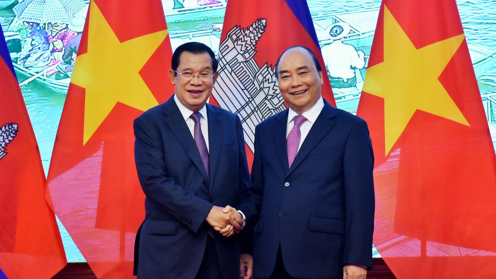 Việt Nam luôn coi trọng và dành ưu tiên cao cho quan hệ với Campuchia