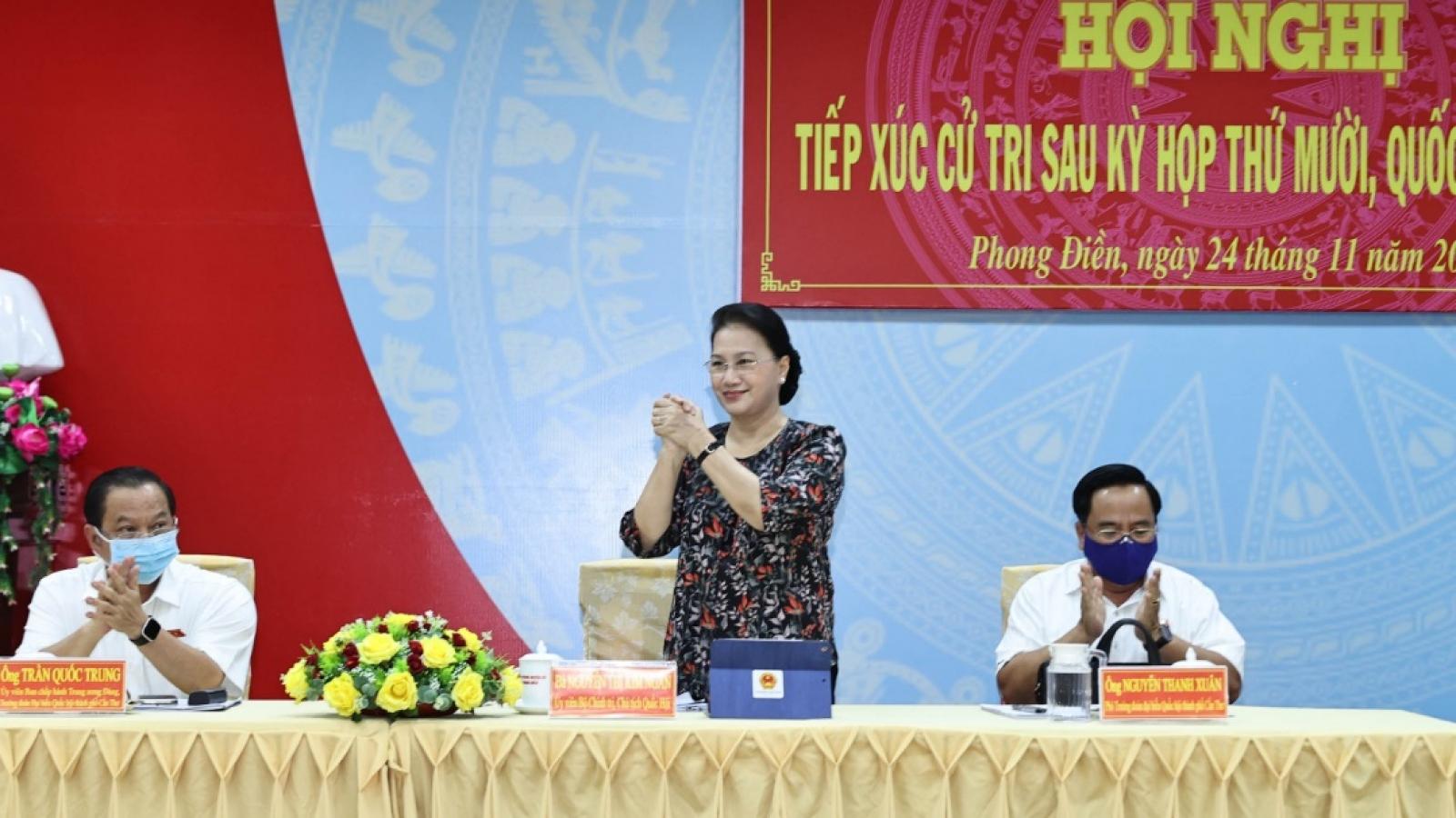 Chủ tịch Quốc hội tiếp xúc cử tri huyện Phong Điền, TP Cần Thơ