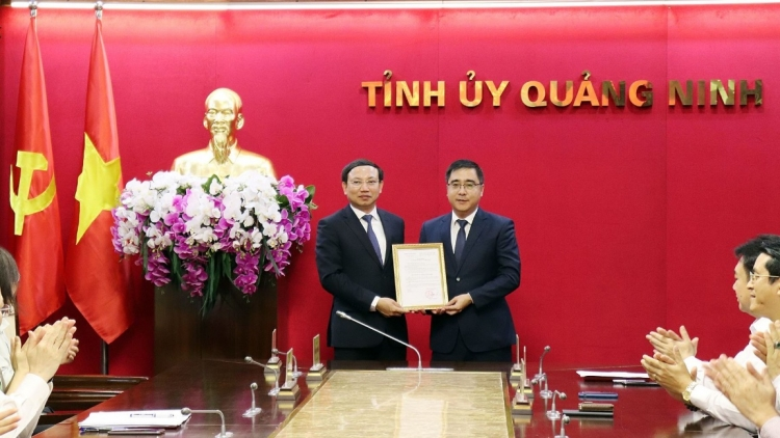 Quảng Ninh bổ nhiệm Chánh Văn phòng Tỉnh ủy và Giám đốc Sở NN-PTNT