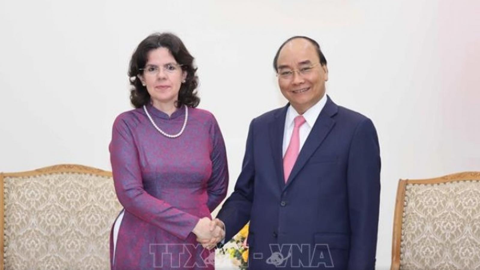 Thủ tướng Nguyễn Xuân Phúc tiếp Đại sứ Cuba chào từ biệt
