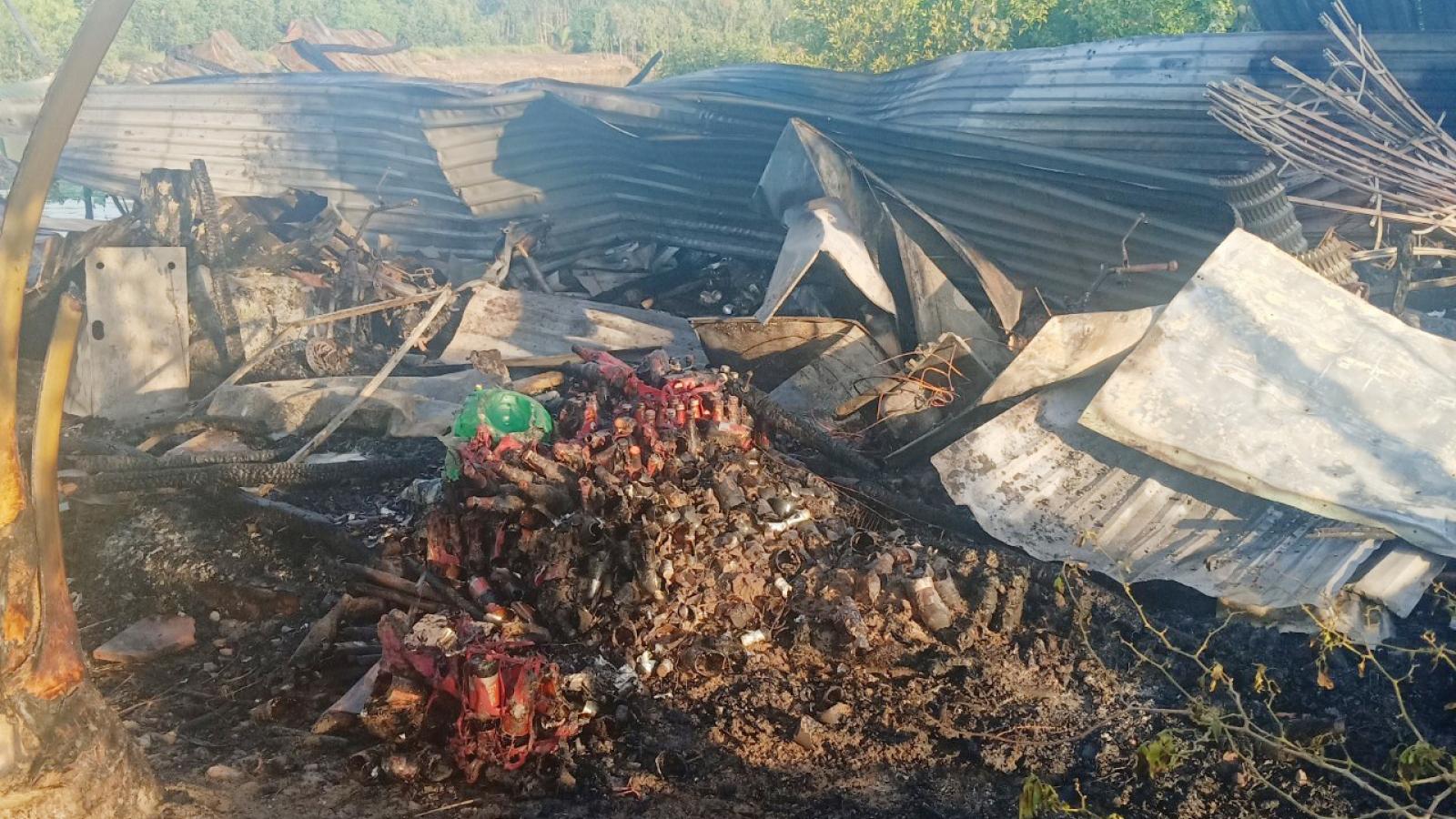 Cháy nhà nghi do chập điện, thiệt hại gần 300 triệu đồng
