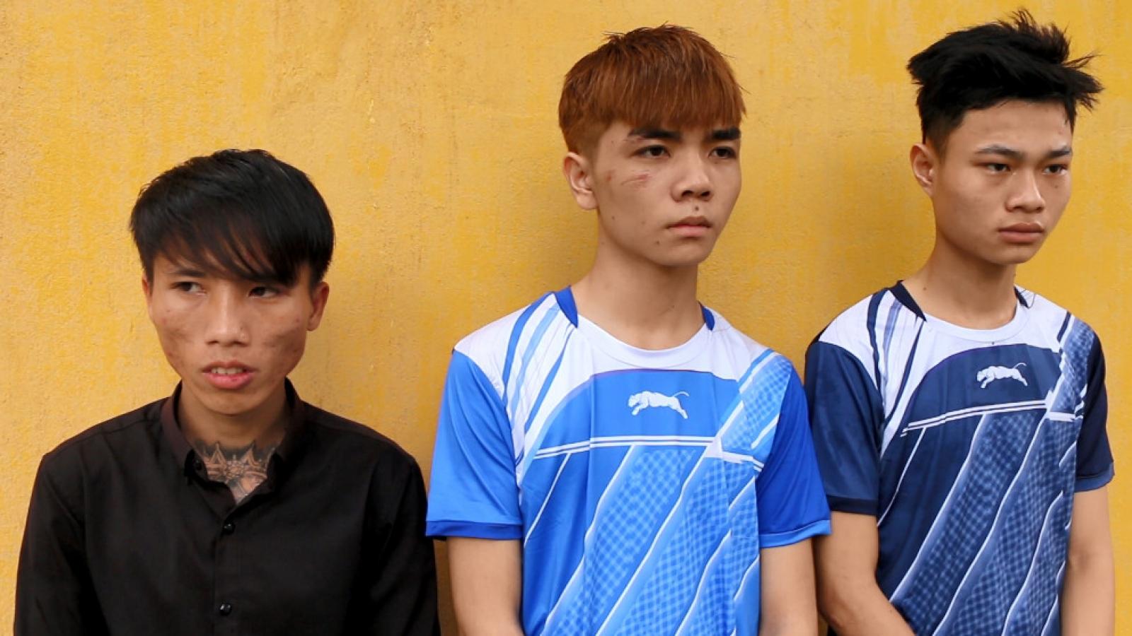 Bắt giữ 3 đối tượng dùng dao uy hiếp cướp tài sản ở Bình Phước