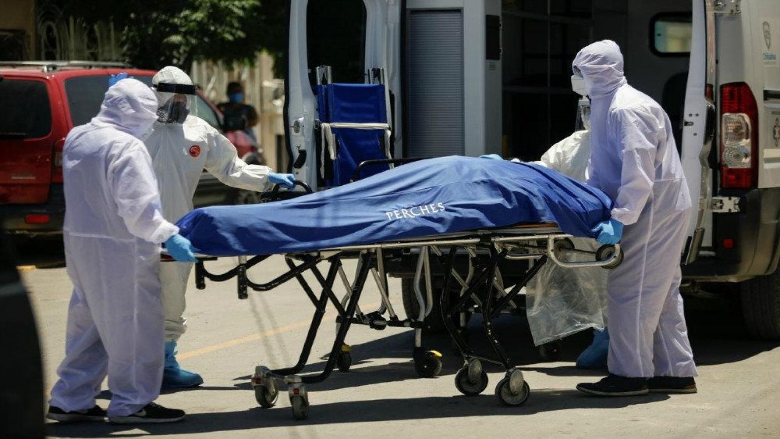 Số ca tử vong Covid-19 ở Mỹ trong 1 ngày cao hơn số người chết vụ 11/9