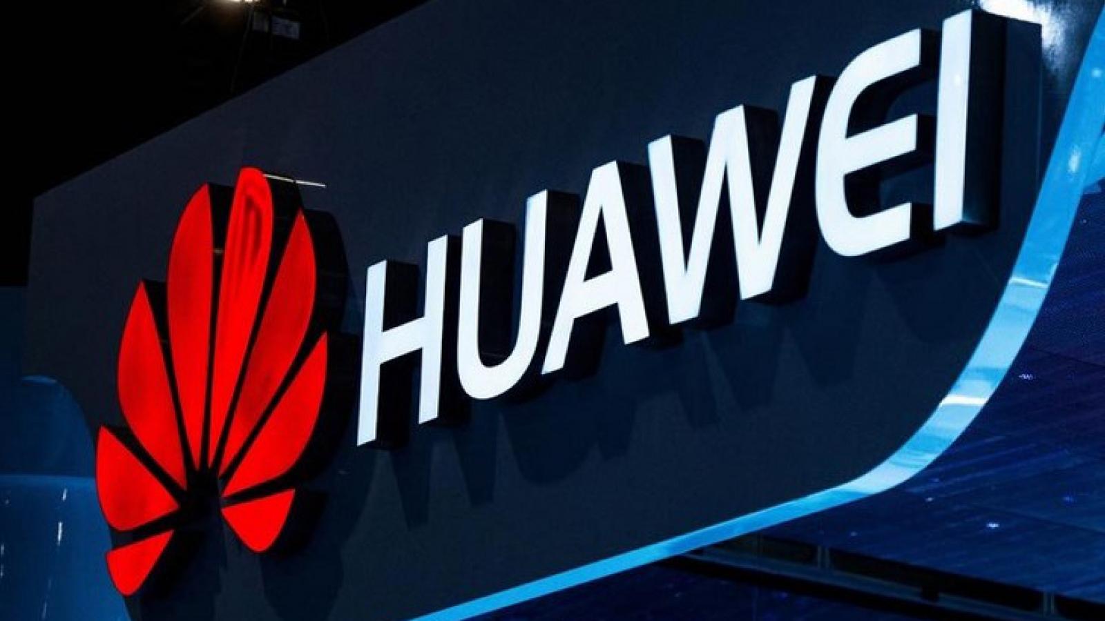 Anh cấm lắp đặt thiết bị của Huawei từ 9/2021
