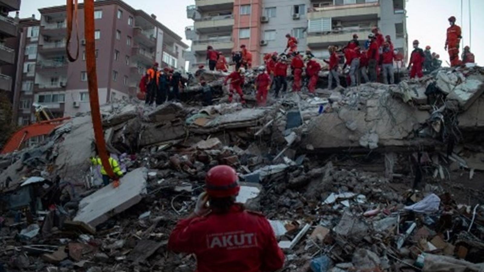 Số người thiệt mạng trong trận động đất tại Thổ Nhĩ Kỳ lên đến 62