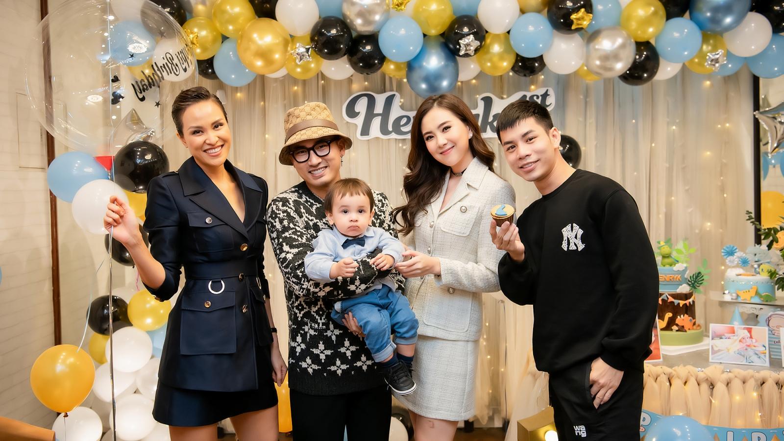 Vợ chồng Phương Mai mở tiệc sinh nhật 1 tuổi cho con trai